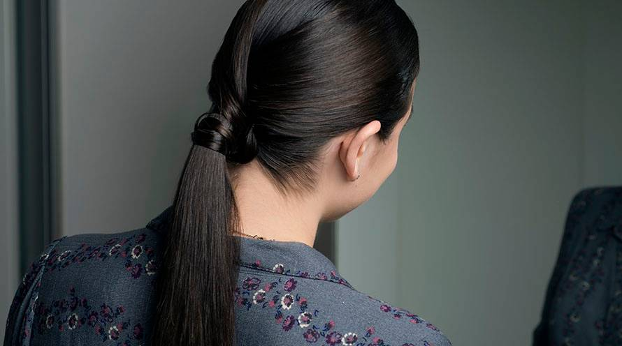 Garnier Fructis - discover easy, elegant hairstyles for casual hair with flair - effortless hairstyles for office, evening - chignon, second-day blow out - sleek ponytail - beautiful beach wave, versatile hairstyles