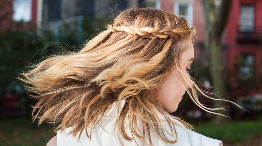 garnier style waterfall braid with curls