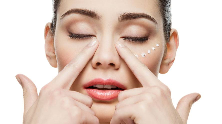 Get rid of bags under your eyes with these skin care hacks - Garnier SkinActive