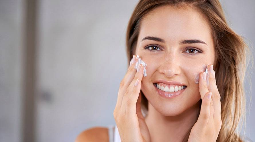 Find the best moisturizer for your face - Garnier SkinActive