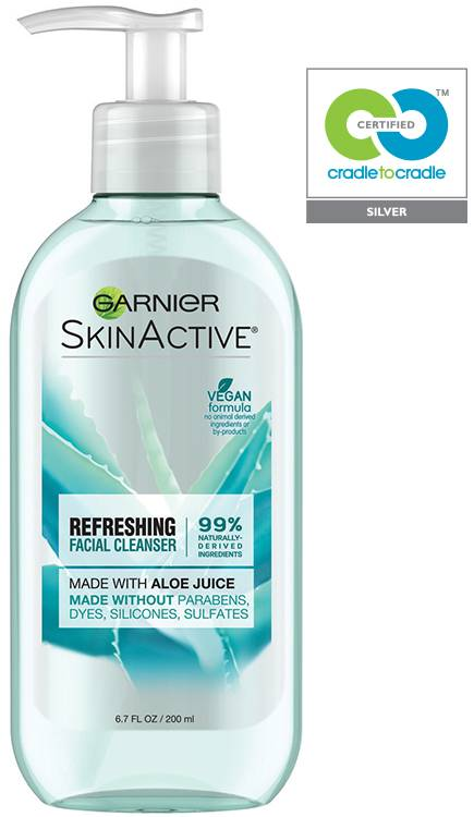 GARNIER Skin Active Refreshing Facial Cleanser with Aloe Juice Cradle to Cradle Award Winner