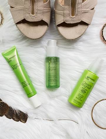 Garnier Skincare clearly brighter products social imagery