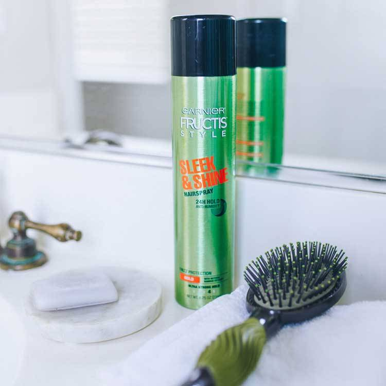 Garnier Fructis Style Sleek and Shine Anti-Humidity Hairspray lifestyle
